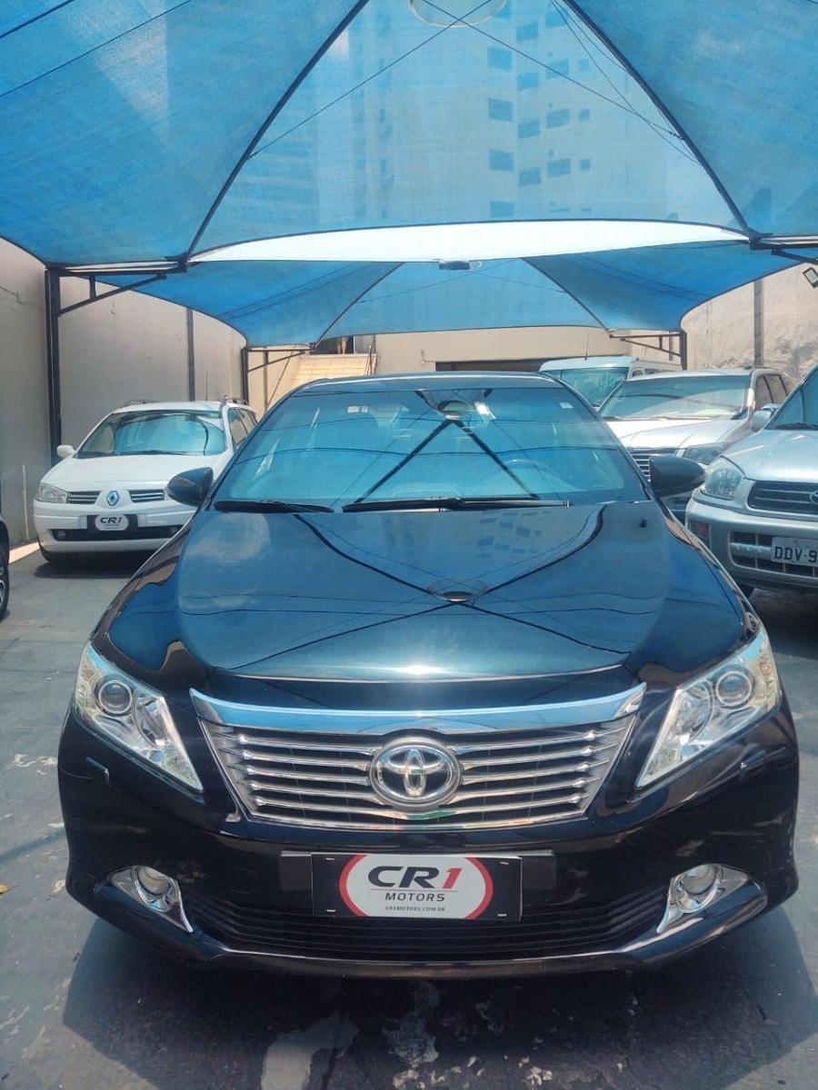 //www.autoline.com.br/carro/toyota/camry-35-v6-24v-gasolina-4p-automatico/2014/sao-paulo-sp/14047740