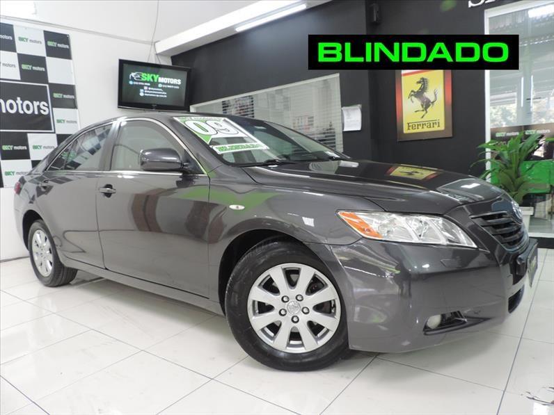 //www.autoline.com.br/carro/toyota/camry-35-v6-24v-gasolina-4p-automatico/2009/sao-paulo-sp/15119841