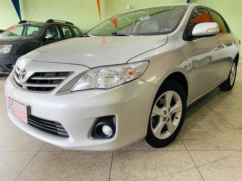 //www.autoline.com.br/carro/toyota/corolla-20-xei-16v-flex-4p-automatico/2013/campinas-sp/10141044