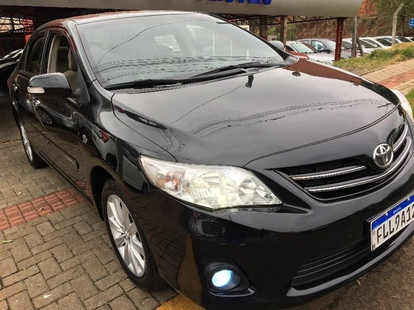 //www.autoline.com.br/carro/toyota/corolla-20-altis-16v-flex-4p-automatico/2014/chapeco-sc/10642696