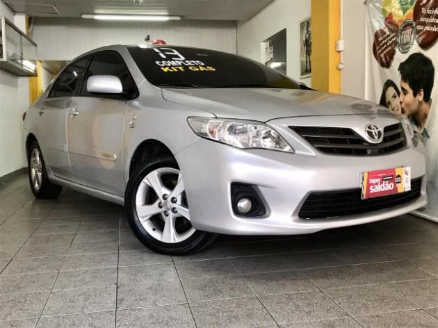 //www.autoline.com.br/carro/toyota/corolla-18-gli-16v-flex-4p-manual/2013/rio-de-janeiro-rj/11435612