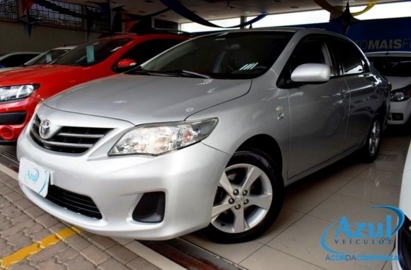 //www.autoline.com.br/carro/toyota/corolla-18-gli-16v-flex-4p-automatico/2013/campinas-sp/11938898