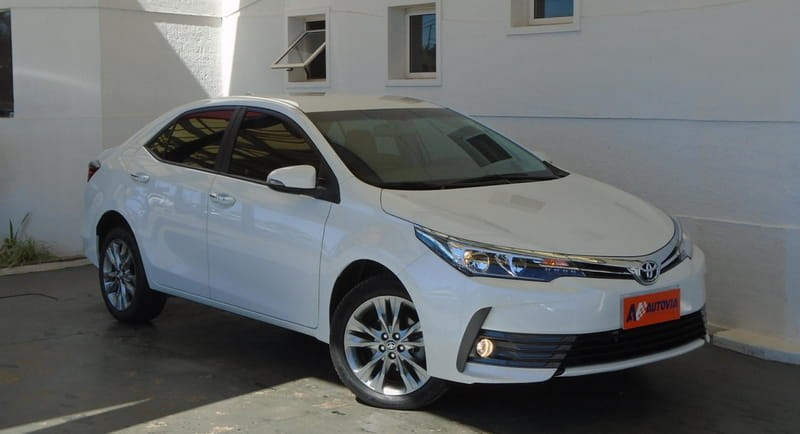 //www.autoline.com.br/carro/toyota/corolla-20-xei-16v-flex-4p-automatico/2019/brasilia-df/11960132