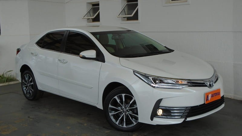 //www.autoline.com.br/carro/toyota/corolla-20-altis-16v-flex-4p-automatico/2019/brasilia-df/11960144