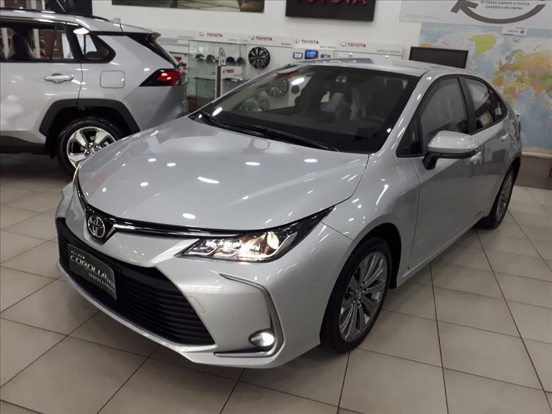 //www.autoline.com.br/carro/toyota/corolla-20-xei-16v-flex-4p-automatico/2021/sao-paulo-sp/12102096