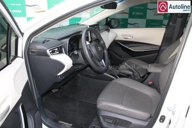 //www.autoline.com.br/carro/toyota/corolla-18-altis-premium-16v-flex-4p-automatico/2020/varzea-grande-mt/12328583