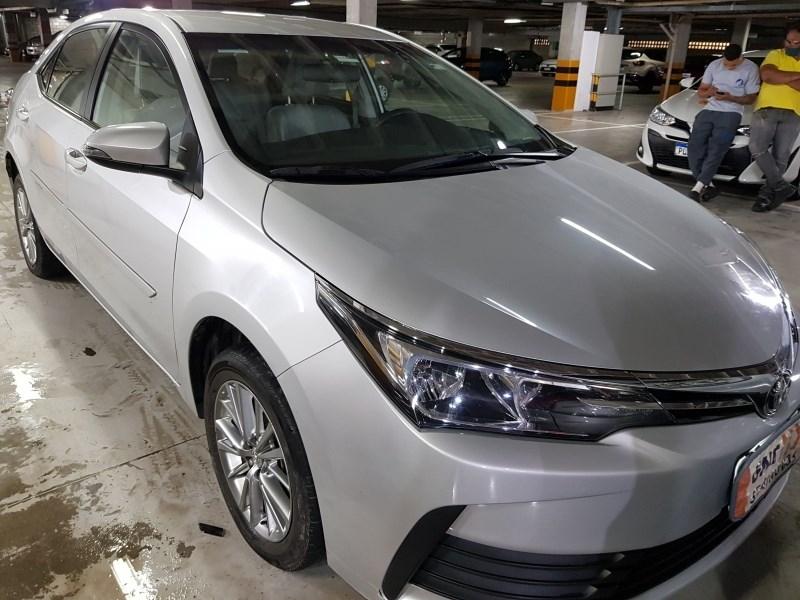 //www.autoline.com.br/carro/toyota/corolla-18-gli-16v-flex-4p-automatico/2018/salvador-ba/12385246