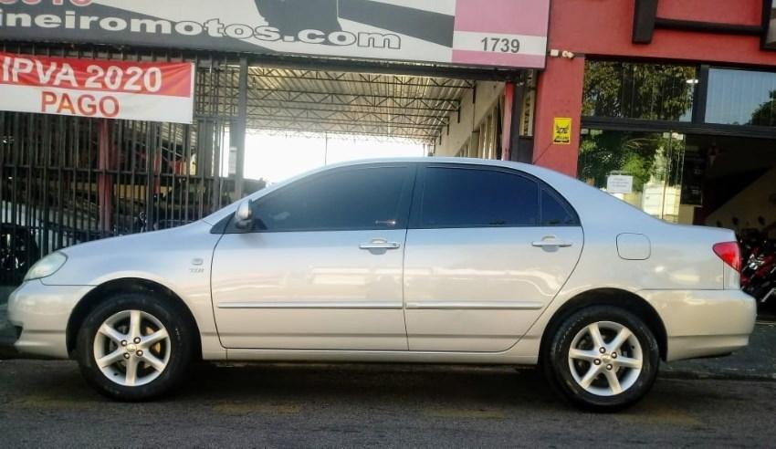 //www.autoline.com.br/carro/toyota/corolla-18-xei-16v-gasolina-4p-automatico/2004/sumare-sp/12526117