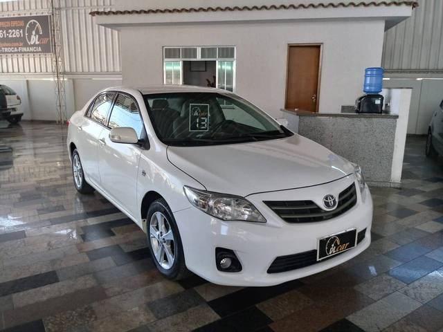 //www.autoline.com.br/carro/toyota/corolla-20-xei-16v-flex-4p-automatico/2013/bicas-mg/12691581