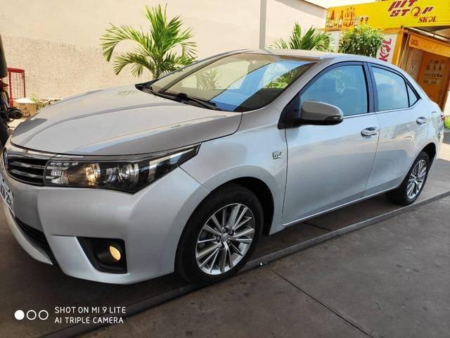 //www.autoline.com.br/carro/toyota/corolla-20-altis-16v-flex-4p-automatico/2015/rio-branco-ac/12722634