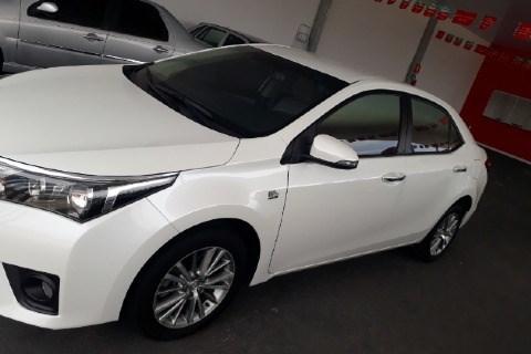 //www.autoline.com.br/carro/toyota/corolla-20-xei-16v-cvt-153cv-4p-flex-automatico/2015/aracuai-mg/12802370