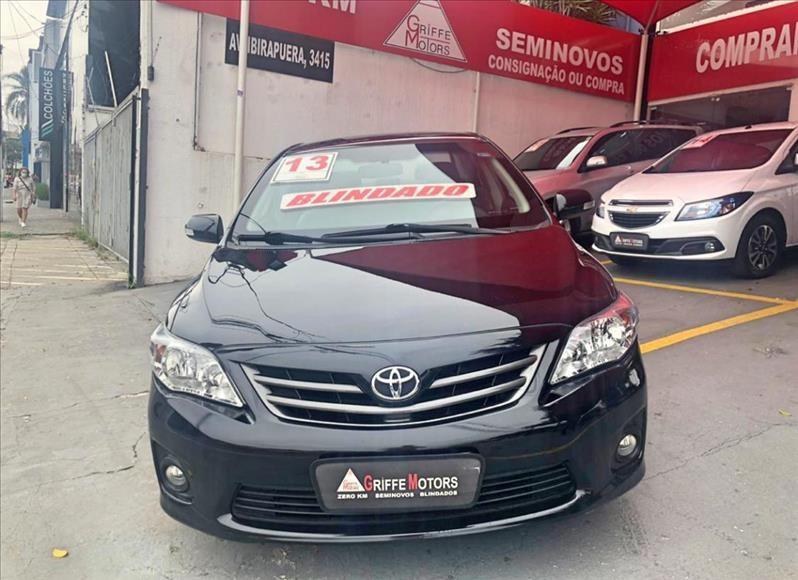 //www.autoline.com.br/carro/toyota/corolla-20-xei-16v-153cv-4p-flex-automatico/2013/sao-paulo-sp/13078620