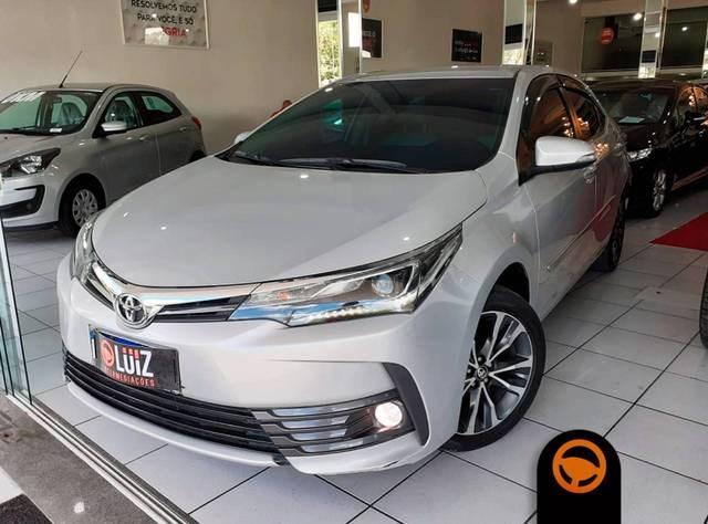 //www.autoline.com.br/carro/toyota/corolla-20-altis-16v-flex-4p-automatico/2018/volta-redonda-rj/13090539