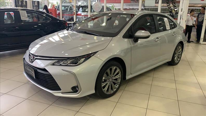 //www.autoline.com.br/carro/toyota/corolla-20-xei-16v-flex-4p-automatico/2021/sao-paulo-sp/13349699