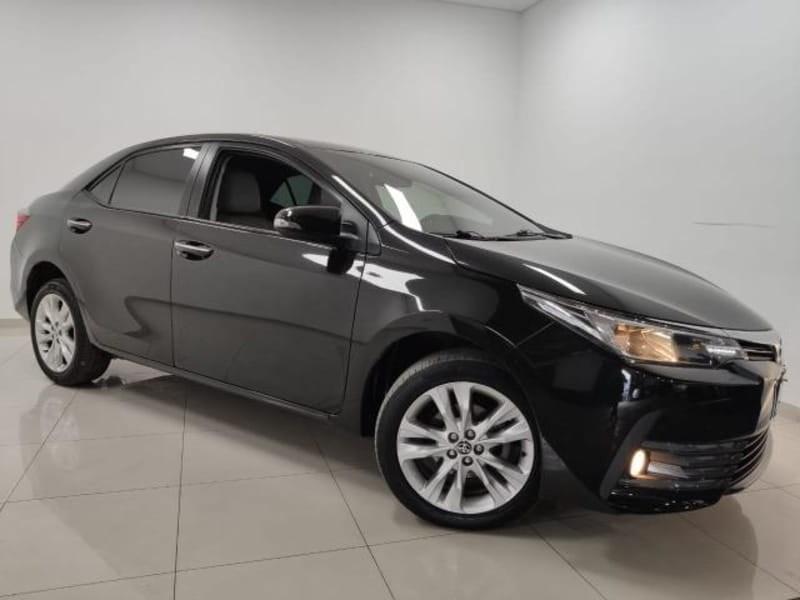 //www.autoline.com.br/carro/toyota/corolla-20-xei-16v-flex-4p-automatico/2018/cascavel-pr/13456280