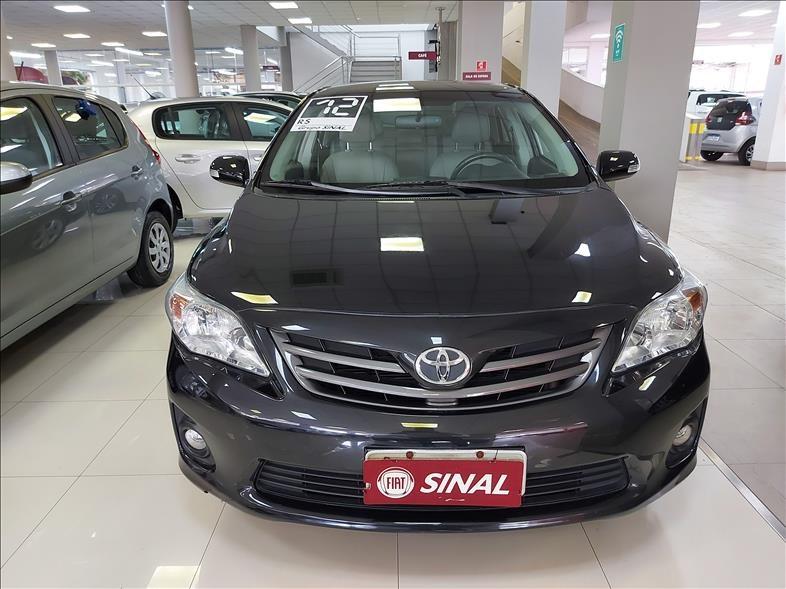 //www.autoline.com.br/carro/toyota/corolla-20-xei-16v-153cv-4p-flex-automatico/2012/sao-paulo-sp/13578998