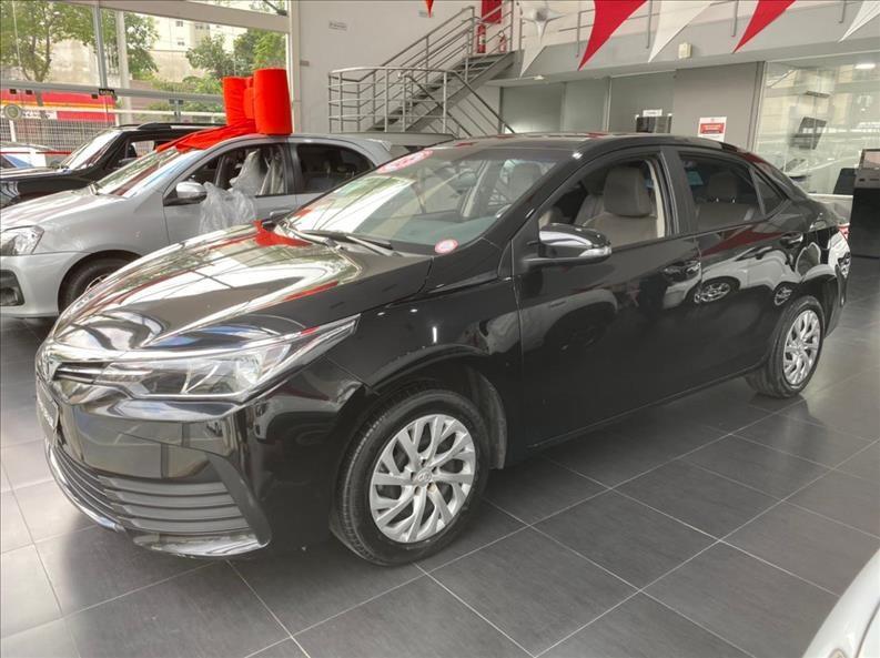 //www.autoline.com.br/carro/toyota/corolla-18-gli-16v-flex-4p-automatico/2018/sao-paulo-sp/13582999