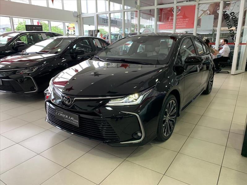 //www.autoline.com.br/carro/toyota/corolla-20-altis-premium-16v-flex-4p-automatico/2021/sao-paulo-sp/13613888
