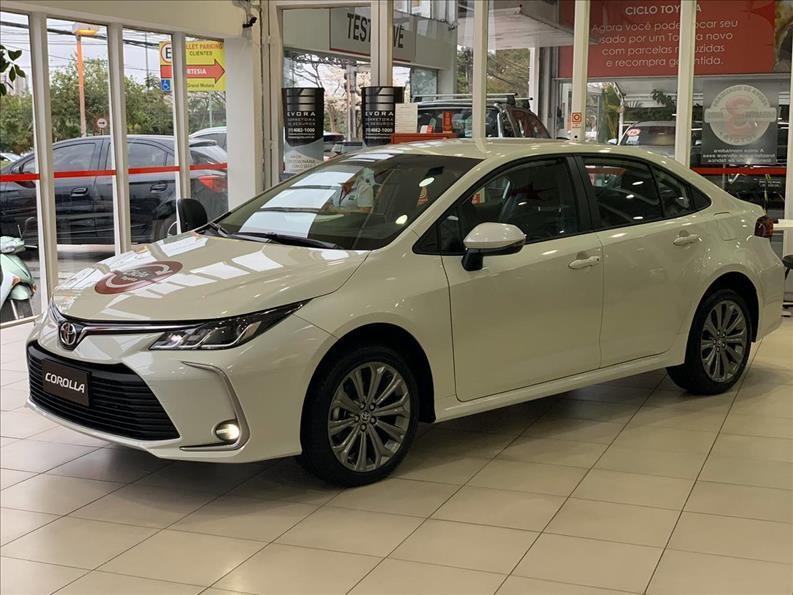 //www.autoline.com.br/carro/toyota/corolla-20-xei-16v-flex-4p-automatico/2021/sao-paulo-sp/13613904