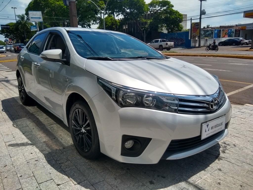 //www.autoline.com.br/carro/toyota/corolla-20-xei-16v-flex-4p-automatico/2015/umuarama-pr/13670282