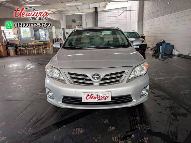 //www.autoline.com.br/carro/toyota/corolla-20-altis-16v-flex-4p-automatico/2013/pirapozinho-sp/13768080