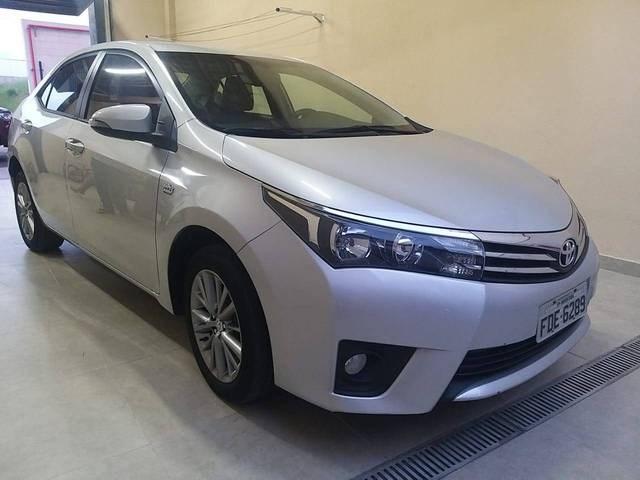 //www.autoline.com.br/carro/toyota/corolla-20-xei-16v-cvt-153cv-4p-flex-automatico/2016/salto-sp/13857223