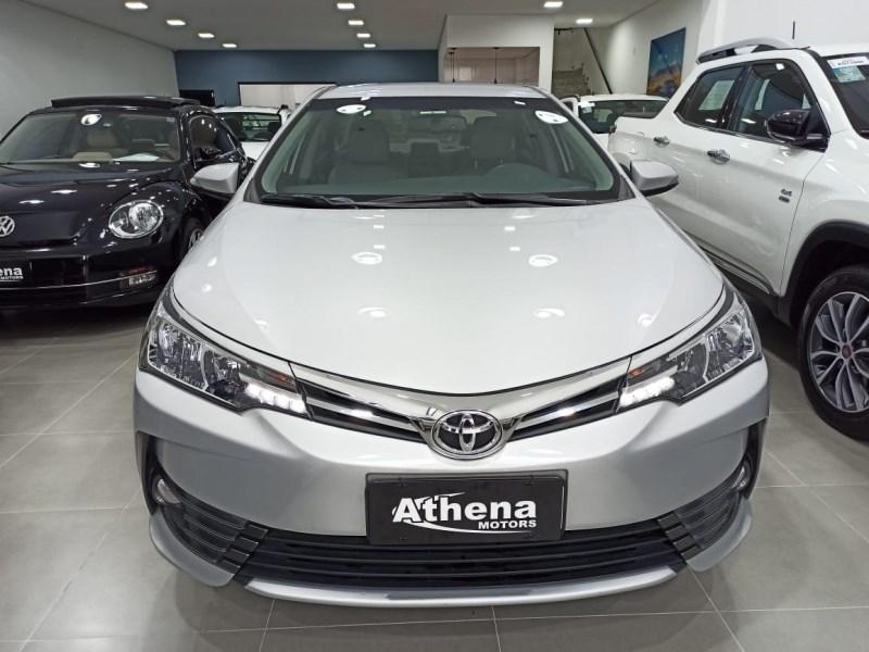 //www.autoline.com.br/carro/toyota/corolla-20-xei-16v-flex-4p-automatico/2018/campinas-sp/13919065