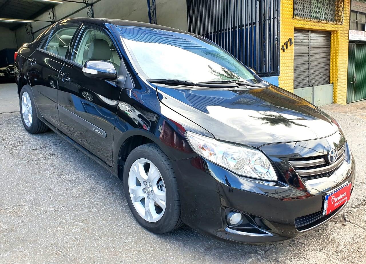 //www.autoline.com.br/carro/toyota/corolla-20-xei-16v-153cv-4p-flex-automatico/2011/contagem-mg/13920351