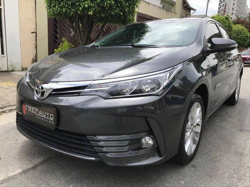 //www.autoline.com.br/carro/toyota/corolla-20-xei-16v-flex-4p-automatico/2018/sao-paulo-sp/13934915