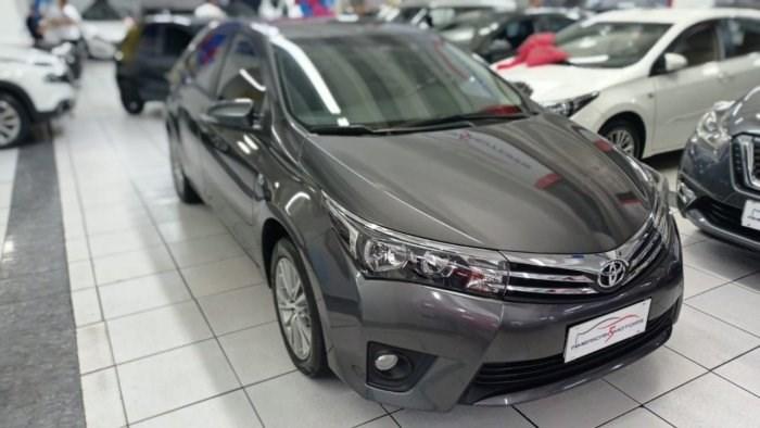 //www.autoline.com.br/carro/toyota/corolla-20-xei-16v-flex-4p-automatico/2015/osasco-sp/13935669