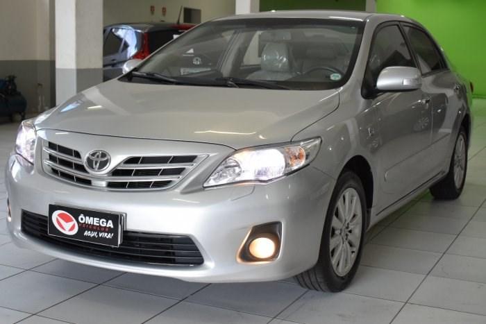 //www.autoline.com.br/carro/toyota/corolla-20-altis-16v-flex-4p-automatico/2013/sorocaba-sp/13941963
