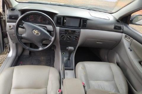 //www.autoline.com.br/carro/toyota/corolla-18-xei-16v-gasolina-4p-automatico/2005/sapezal-mt/13952387