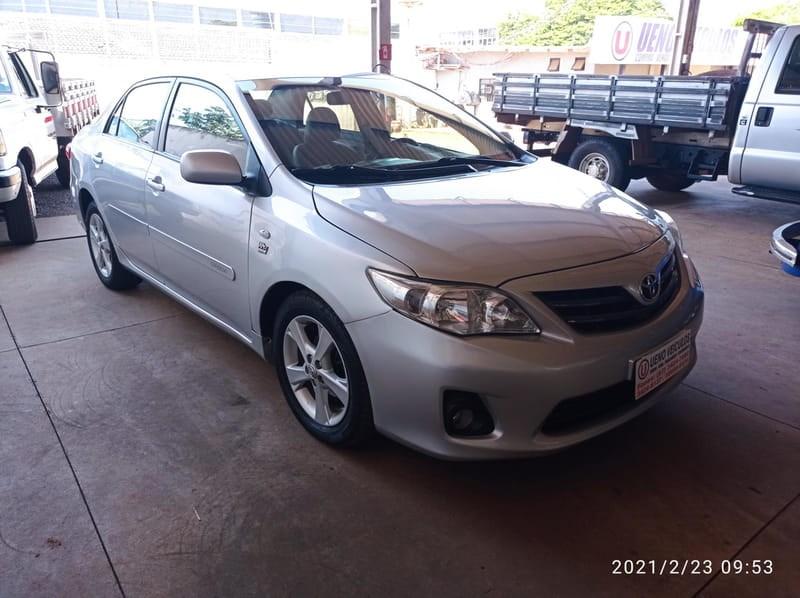 //www.autoline.com.br/carro/toyota/corolla-18-xli-16v-flex-4p-automatico/2013/dourados-ms/13978041