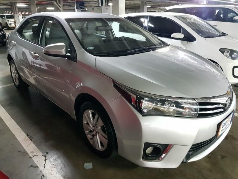 //www.autoline.com.br/carro/toyota/corolla-18-gli-16v-flex-4p-automatico/2017/salvador-ba/13985275