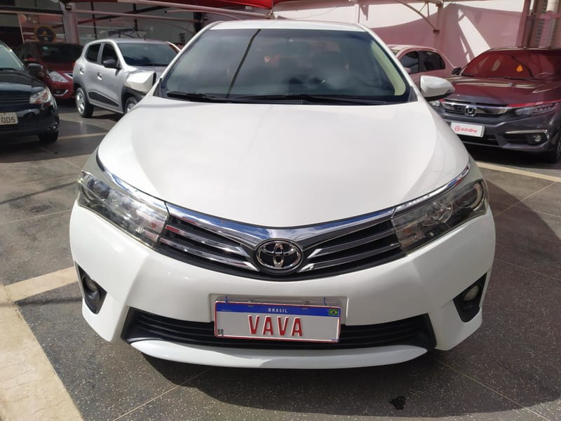 //www.autoline.com.br/carro/toyota/corolla-20-altis-16v-flex-4p-automatico/2015/brasilia-df/14023097