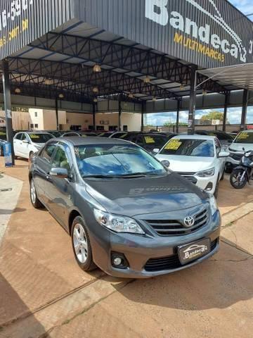 //www.autoline.com.br/carro/toyota/corolla-20-xei-16v-flex-4p-automatico/2014/votuporanga-sp/14315975