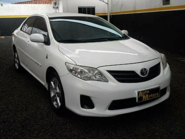 //www.autoline.com.br/carro/toyota/corolla-18-gli-16v-flex-4p-automatico/2014/rio-verde-go/14332913