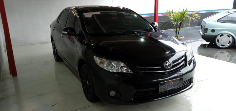 //www.autoline.com.br/carro/toyota/corolla-20-altis-16v-flex-4p-automatico/2014/curitiba-pr/14437764