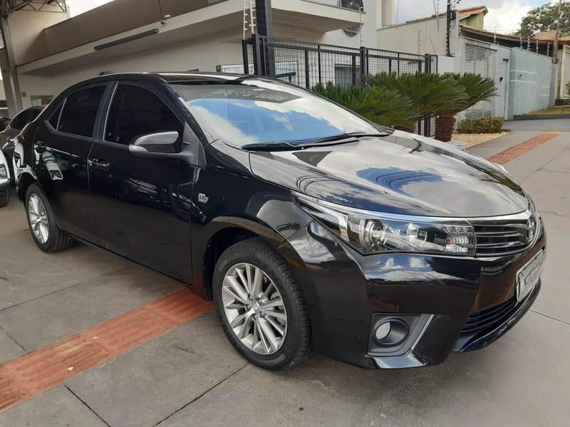 //www.autoline.com.br/carro/toyota/corolla-20-altis-16v-flex-4p-automatico/2015/campo-grande-ms/14452012