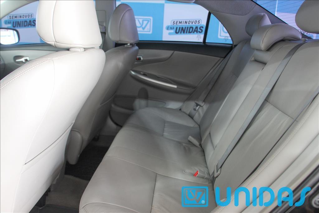 //www.autoline.com.br/carro/toyota/corolla-20-xei-16v-flex-4p-automatico/2014/rio-do-sul-sc/14479366