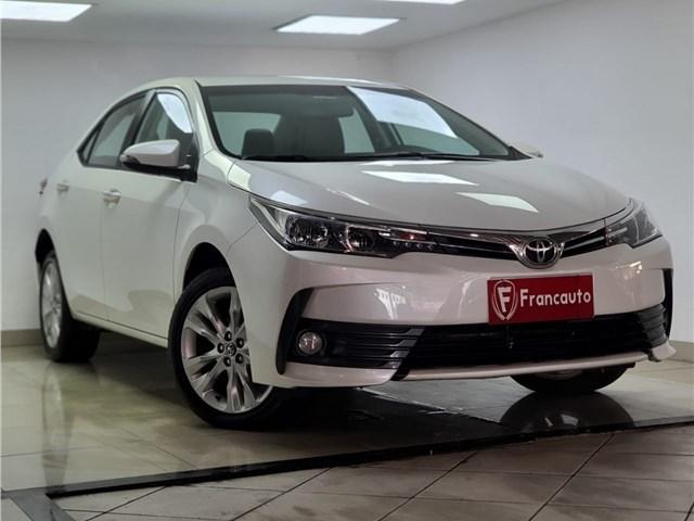 //www.autoline.com.br/carro/toyota/corolla-20-xei-16v-flex-4p-automatico/2018/sao-joao-de-meriti-rj/14551348