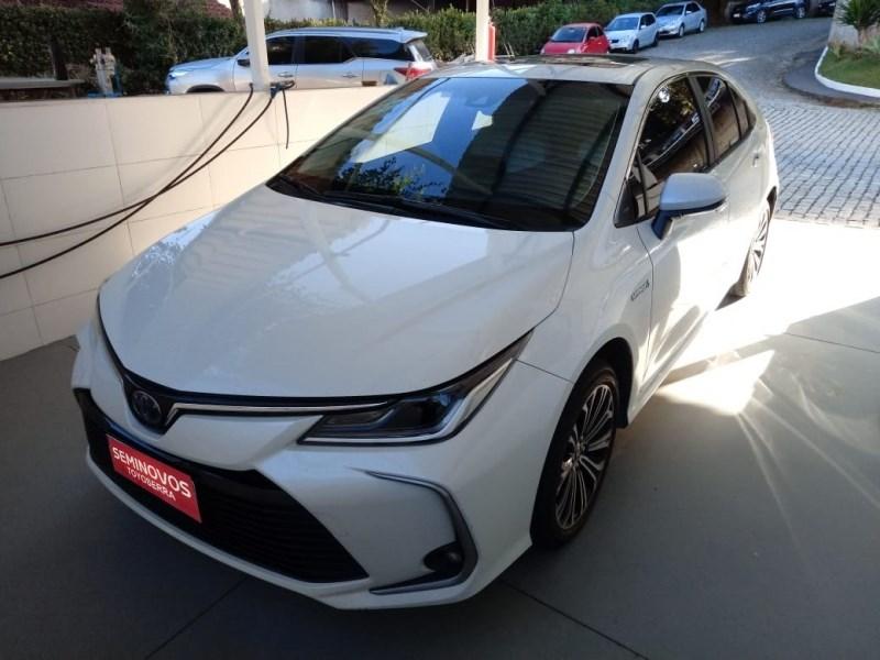//www.autoline.com.br/carro/toyota/corolla-18-altis-hybrid-premium-16v-flex-4p-cvt/2021/nova-friburgo-rj/14571649