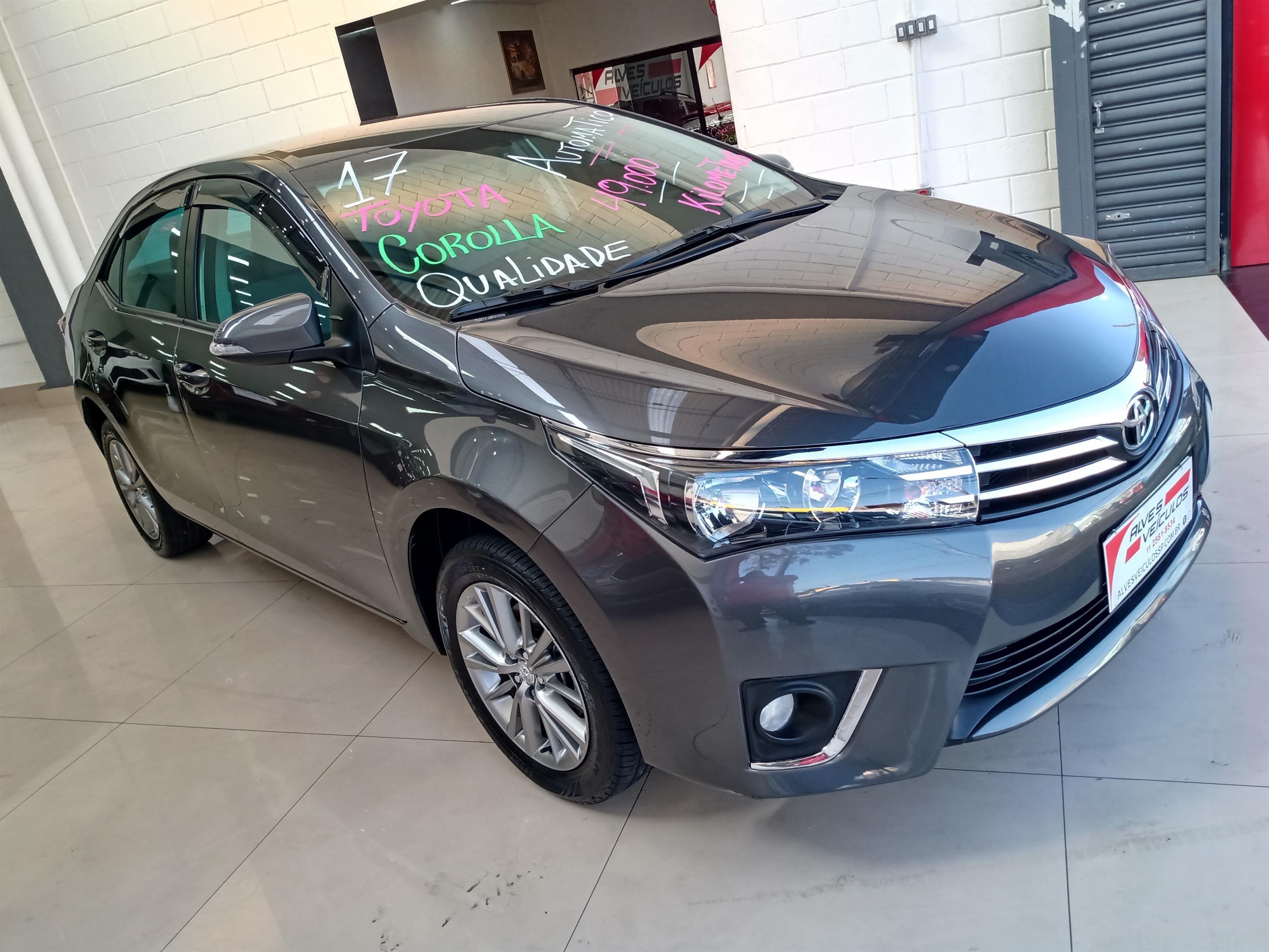//www.autoline.com.br/carro/toyota/corolla-18-gli-16v-flex-4p-automatico/2017/sao-paulo-sp/14627080
