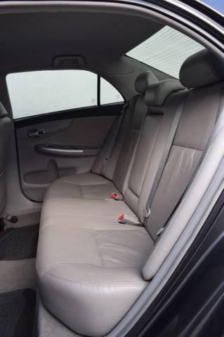 //www.autoline.com.br/carro/toyota/corolla-20-xei-16v-flex-4p-automatico/2014/conceicao-dos-ouros-mg/14781248