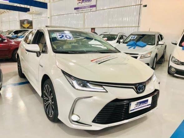 //www.autoline.com.br/carro/toyota/corolla-18-altis-premium-hybrid-16v-flex-4p-cvt/2020/barueri-sp/14795706