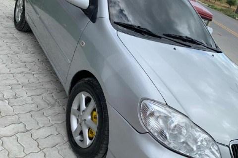 //www.autoline.com.br/carro/toyota/corolla-16-xli-16v-gasolina-4p-manual/2005/forquilha-ce/14846726