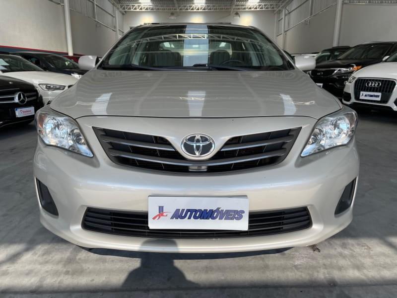 //www.autoline.com.br/carro/toyota/corolla-18-gli-16v-flex-4p-automatico/2013/curitiba-pr/14897860