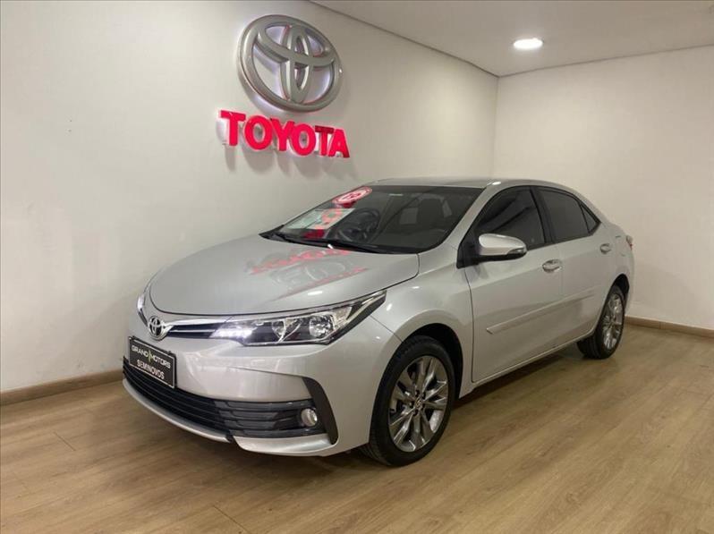 //www.autoline.com.br/carro/toyota/corolla-20-xei-16v-flex-4p-automatico/2019/sao-paulo-sp/14970284