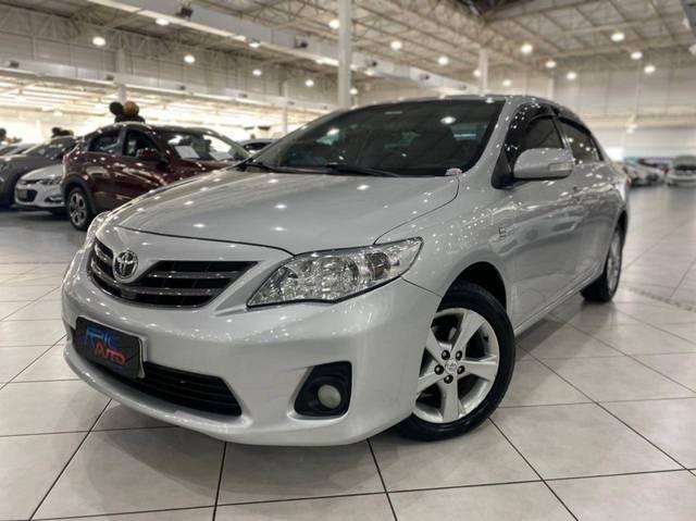 //www.autoline.com.br/carro/toyota/corolla-20-xei-16v-flex-4p-automatico/2014/blumenau-sc/15061983