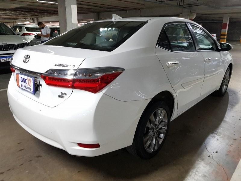 //www.autoline.com.br/carro/toyota/corolla-20-xei-16v-flex-4p-automatico/2018/salvador-ba/15070752